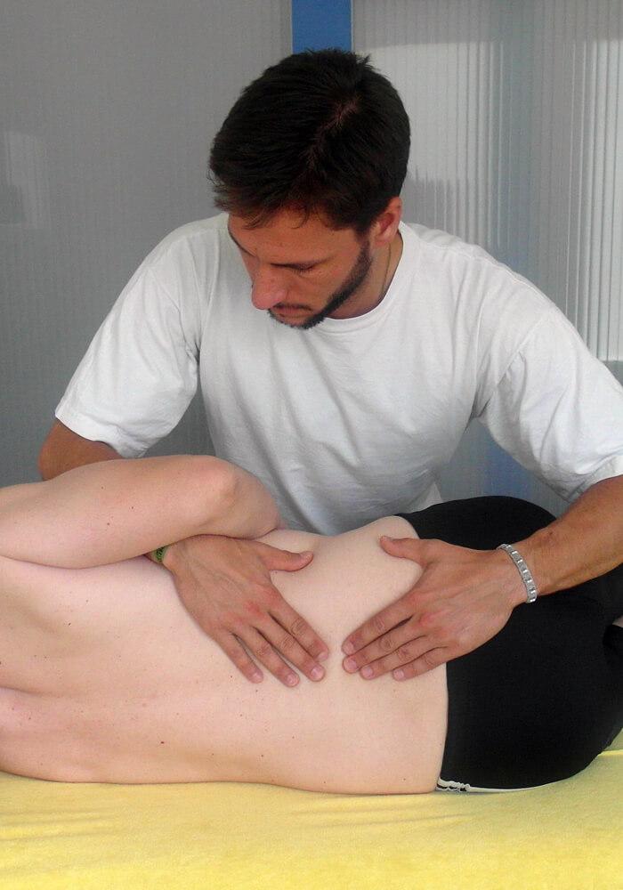 Behandlung von Funktionsstörungen des Bewegungssystems -manuelle Therapie